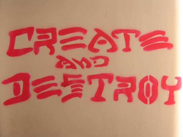 Create and Destry en Club blast