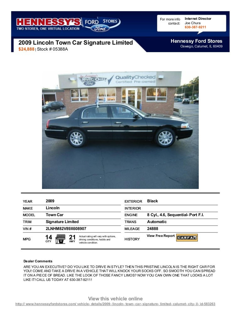 Pre Owned 2009 Lincoln Town Car Signature Limited